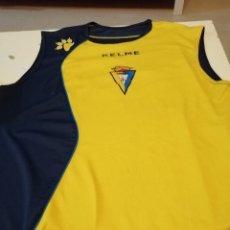 Coleccionismo deportivo: G-OJU32 CAMISETA DE FUTBOL DE ENTRENAMIENTO DE CADIZ CLUB DE FUTBOL SIN MANGAS NO APARECE TALLA. Lote 181225417