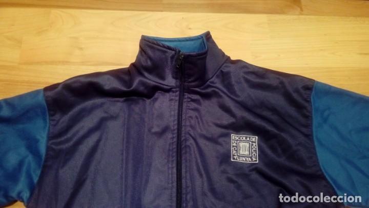 Coleccionismo deportivo: ESCUELA DE POLICÍA DE CATALUÑA. CHÁNDAL (pantalones y chaqueta) EXCLUSIVO EN TC - Foto 2 - 195037863