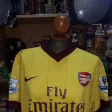 Coleccionismo deportivo: CAMISETA OFICIAL ARSENAL FLY EMIRATES BY NIKE TALLA M. Lote 196330023