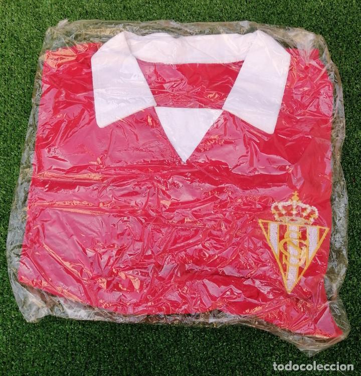 CAMISETA SPORTING DE GIJON MODELO ANTIGUO NUEVA TALLA M (Coleccionismo Deportivo - Ropa y Complementos - Camisetas de Fútbol)