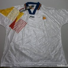 Coleccionismo deportivo: CAMISETA OFICIAL ORIGINAL SELECCION ESPAÑOLA JOHN SMITH AÑOS 90 NUEVO CON SUS ETIQUETAS TALLA L. Lote 206247937