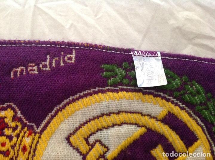 Coleccionismo deportivo: BUFANDA REAL MADRID AÑOS 90 - Foto 4 - 212511012