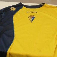 Coleccionismo deportivo: G-45 CAMISETA SUDADERA DE FUTBOL DE CADIZ CLUB KELME VER FOTOS NO APARECE TALLA DIRIA XL. Lote 221398382