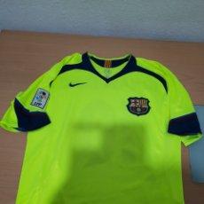 Coleccionismo deportivo: CAMISETA BARCA NIKE FLUORESCENTE RONALDINHO DORSAL N°10 XL.. Lote 221431326