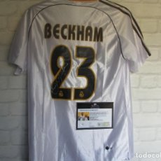 Coleccionismo deportivo: DAVID BECKHAM CAMISETA REAL MADRID FIRMADA PERSONALMENTE CON CERTIFICADO AUTENTICIDAD COA. Lote 228065490