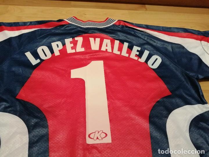 Coleccionismo deportivo: ORIGINAL   FÚTBOL   Camiseta vintage VILLAREAL player LÓPEZ VALLEJO match worn - Foto 4 - 228724820
