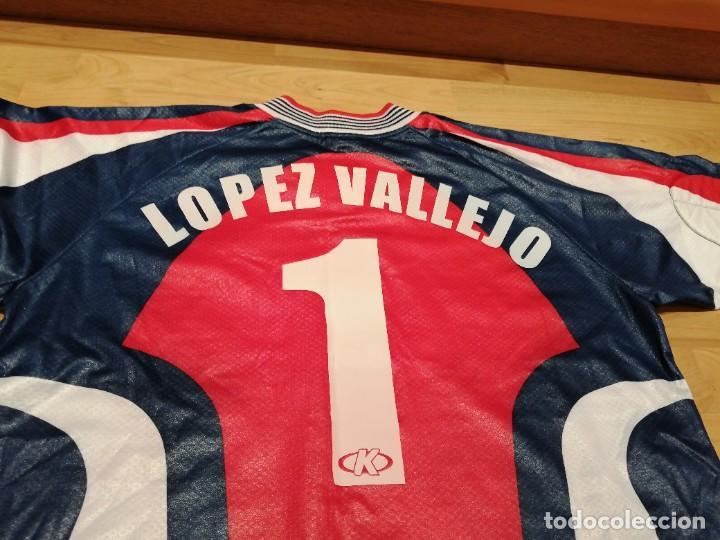 Coleccionismo deportivo: ORIGINAL   FÚTBOL   Camiseta vintage VILLAREAL player LÓPEZ VALLEJO match worn - Foto 23 - 228724820
