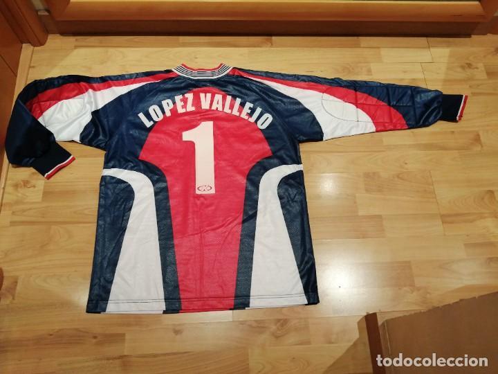 Coleccionismo deportivo: ORIGINAL   FÚTBOL   Camiseta vintage VILLAREAL player LÓPEZ VALLEJO match worn - Foto 25 - 228724820