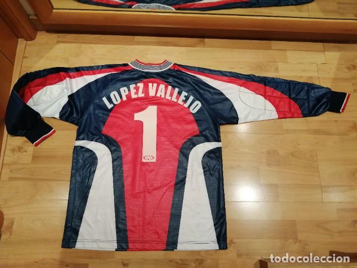 Coleccionismo deportivo: ORIGINAL   FÚTBOL   Camiseta vintage VILLAREAL player LÓPEZ VALLEJO match worn - Foto 29 - 228724820