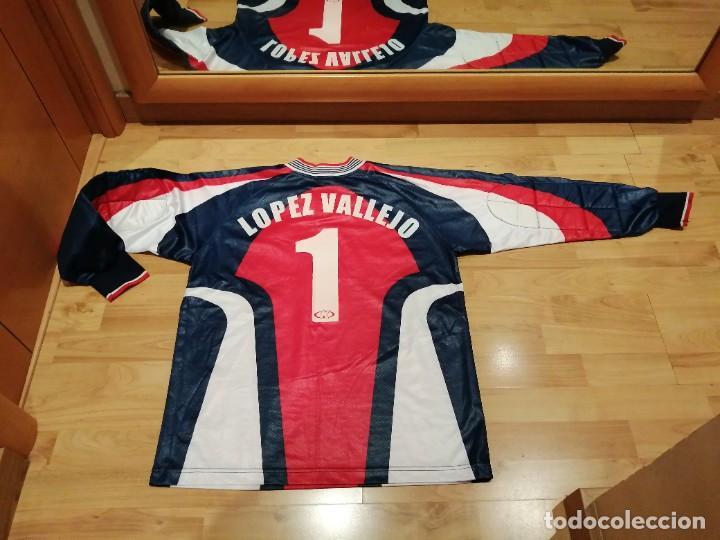 Coleccionismo deportivo: ORIGINAL   FÚTBOL   Camiseta vintage VILLAREAL player LÓPEZ VALLEJO match worn - Foto 31 - 228724820