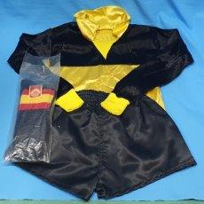 Coleccionismo deportivo: EQUIPACIÓN DE PORTERO INFANTIL - SELECCIÓN ESPAÑOLA DE FÚTBOL - FENOLL - AÑOS 80. Lote 231613920
