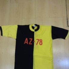Coleccionismo deportivo: ANTIGUA CAMISETA FUTBOL AZ-78. ETIQUETA CASABELLA. BARCELONA. Lote 233271420