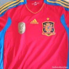 Coleccionismo deportivo: CAMISETA SELECCION ESPAÑOLA CAMPEONES MUNDIAL 2010 ADIDAS. Lote 235299035