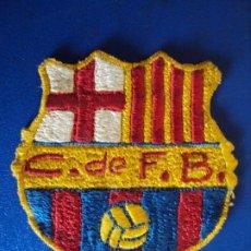 Coleccionismo deportivo: (F-210257)ESCUDO BORDADO C.DE F.B. CLUB DE FUTBOL BARCELONA. Lote 241931205