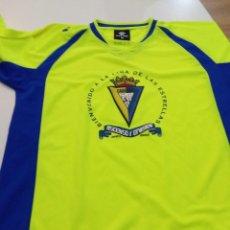Coleccionismo deportivo: CAMISETA CÁDIZ CF. Lote 245103205