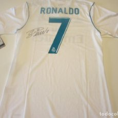 Coleccionismo deportivo: CRISTIANO RONALDO CAMISETA REAL MADRID FIRMADA PERSONALMENTE CON CERTIFICADO DE AUTENTICIDAD (COA). Lote 246559135