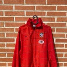 Coleccionismo deportivo: CHAQUETA FÚTBOL ORIGINAL/OFICIAL ATLÉTICO DE MADRID. Lote 261969170