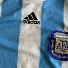 Coleccionismo deportivo: CAMISETA SELECCIÓN ARGENTINA ADIDAS, VER FOTOS(3'33 ENVÍO CERTIFICADO). Lote 262542830