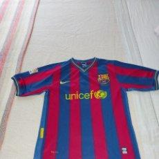Coleccionismo deportivo: CAMISETA CON NOMBRE JUGADOR ANDRÉS INIESTA F. C. BARCELONA Nº. 8 . TALLA: XL- NIKEFIT AÑO 2008-09. Lote 267344319