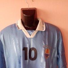 Coleccionismo deportivo: CAMISETA ORIGINAL DE LA SELECCIÓN URUGUAYA DE FÚTBOL AÑO 2001. Lote 268889589