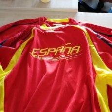 Coleccionismo deportivo: CAMISETA FUTBOL - KIPSTA ESPAÑA - TALLA XL. Lote 271497538