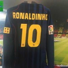 Coleccionismo deportivo: CAMISETA FC BARCELONA - PLAYER ISSUE - RONALDINHO. Lote 271680818