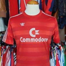 Coleccionismo deportivo: BAYERN MUNICH 1984-1985 CAMISETA FUTBOL ADIDAS COMMODORE. Lote 277225753