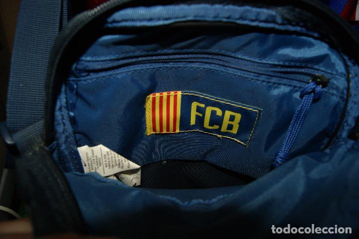 Coleccionismo deportivo: Lote FCB: Bolsa Nike, 2 camisetas infantiles nike Qatar/Unicef, bufanda, camiseta 14 Jordi ... - Foto 3 - 277254543