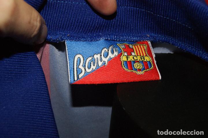 Coleccionismo deportivo: Lote FCB: Bolsa Nike, 2 camisetas infantiles nike Qatar/Unicef, bufanda, camiseta 14 Jordi ... - Foto 5 - 277254543