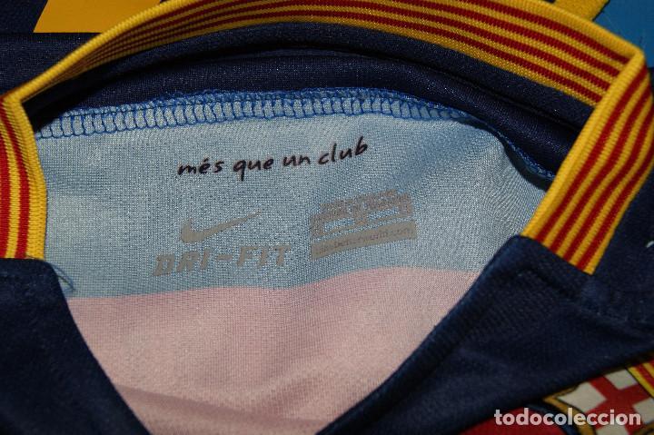 Coleccionismo deportivo: Lote FCB: Bolsa Nike, 2 camisetas infantiles nike Qatar/Unicef, bufanda, camiseta 14 Jordi ... - Foto 10 - 277254543