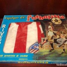 Coleccionismo deportivo: TRAJE FUTBOLISTA ATLÉTICO MADRID. Lote 284233838