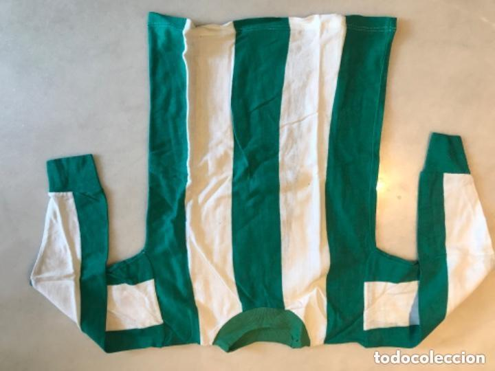 Coleccionismo deportivo: Camiseta fútbol niño. Años 60. Real Betis Balompié - Foto 3 - 286349908