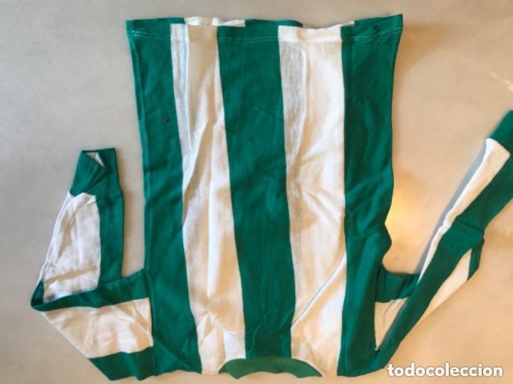 Coleccionismo deportivo: Camiseta fútbol niño. Años 60. Real Betis Balompié - Foto 4 - 286349908
