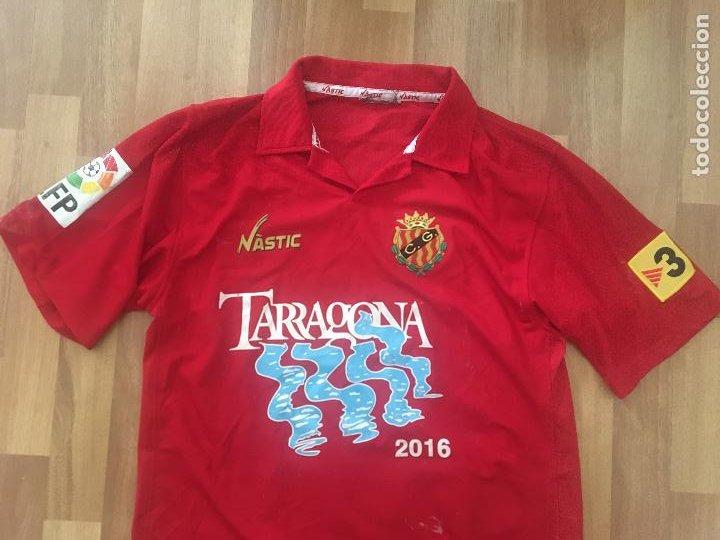 Coleccionismo deportivo: CAMISETA FUTBOL NASTIC GIMNASTIC DE TARRAGONA DORSAL 9 PORTILLO - Foto 2 - 289251503
