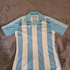 Coleccionismo deportivo: CAMISETA FUTBOL MALAGA ADIDAS NÚMERO 2 - AÑOS 80. Lote 294969763