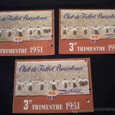 Coleccionismo deportivo: TRES CARNETS DE SOCIO DEL CLUB DE FUTBOL BARCELONA1951 (3º TRIMESTRE). Lote 123330470