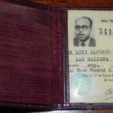 Coleccionismo deportivo: ANTIGUO CARNET DEL REAL MADRID, DE FECHA 1 DE ENERO DE 1954, DE CONSERVACION.. Lote 38288286