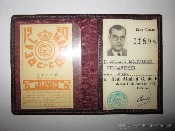 REAL MADRID C. DE F. - CARNET SOCIO - AÑO 1954 Y TARJETA DE 1960 - (V- 604) (Coleccionismo Deportivo - Documentos de Deportes - Carnet de Socios)