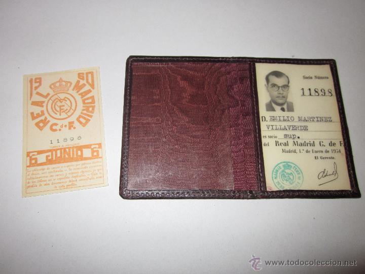 Coleccionismo deportivo: REAL MADRID C. DE F. - CARNET SOCIO - AÑO 1954 Y TARJETA DE 1960 - (V- 604) - Foto 3 - 43310209