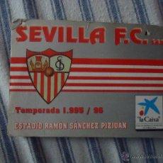 Coleccionismo deportivo: CARNET O ABONO DE SOCIO DEL SEVILLA FUTBOL CLUB TEMPORADA 1995 96 ESTADIO RAMON SANCHEZ PIZJUAN. Lote 49949283