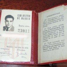 Coleccionismo deportivo: ANTIGUO CARNET DE SOCIO DEL ATLETICO DE MADRID CLUB DE FUTBOL - AÑO 1954 - MIDE ABIERTO 13,7 X 10 CM. Lote 54801788