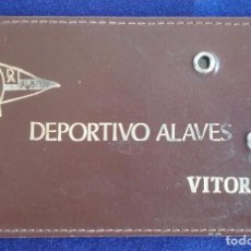 Coleccionismo deportivo: ANTIGUO CARNET DE SOCIO DEL DEPORTIVO ALAVES, CON FICHA DEL SOCIO. FUTBOL. VITORIA.. Lote 62327172