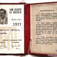 Coleccionismo deportivo: CARTERA DE PIEL CARNET DE SOCIO Nº 1937 CLUB FUTBOL ATLETICO DE MADRID. 1 JULIO DE 1954. Lote 62550660