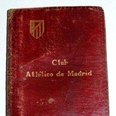 Coleccionismo deportivo: ANTIGUO CARNET DE SOCIO DEL ATLETICO DE MADRID CLUB DE FUTBOL, AÑO 1954, MIDE ABIERTO 12,3 X 9,5 C. Lote 72840679