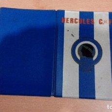 Coleccionismo deportivo: ANTIGUA FUNDA DE CARNET HERCULES CLUB DE FUTBOL ALICANTE AÑOS 70 - VER FOTOS. Lote 105571303
