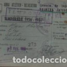 Coleccionismo deportivo: CARNET BALONCESTO BASKET - OBRA ATLÉTICO RECREATIVA LICENCIA DE JUGADOR PRIMERA CATOGARIA 1956 - 195. Lote 109477195