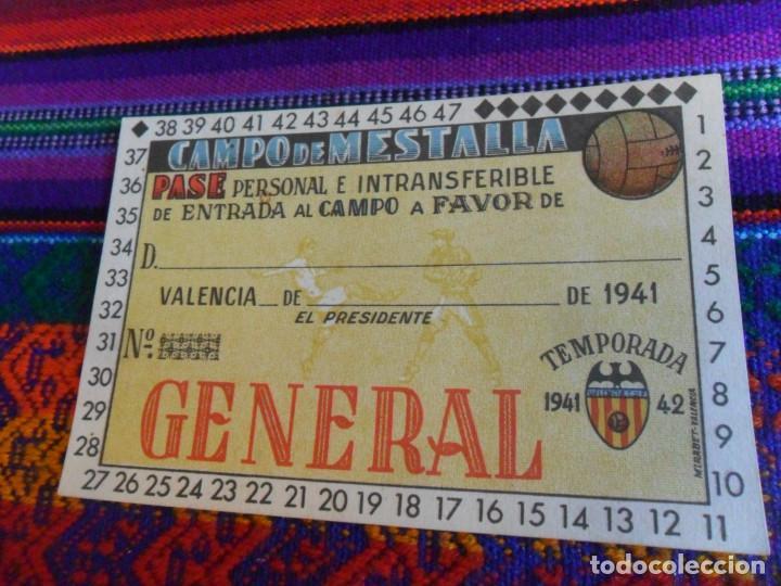NUEVO SIN RELLENAR, CARNET SOCIO VALENCIA C.F. TEMPORADA 1941 1942. GENERAL CAMPO DE MESTALLA. LUJO. (Coleccionismo Deportivo - Documentos de Deportes - Carnet de Socios)
