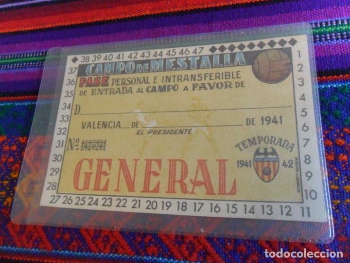 Coleccionismo deportivo: NUEVO SIN RELLENAR, CARNET SOCIO VALENCIA C.F. TEMPORADA 1941 1942. GENERAL CAMPO DE MESTALLA. LUJO. - Foto 3 - 135111450