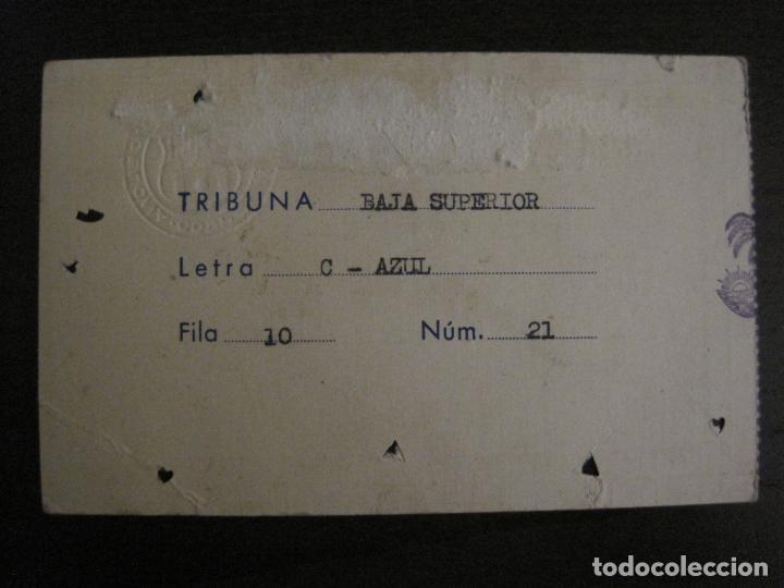 Coleccionismo deportivo: PASE ENTRADA TRIBUNA -CLUB DE FUTBOL BARCELONA -AÑO 1960-61-VER FOTOS - (54.737) - Foto 4 - 142437158