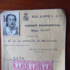 Coleccionismo deportivo: FUT-35. CARNET FEMENINO SOCIA REAL MADRID C. DE F. AÑO 1944. CON SELLOS PAGO. NUM 22.607. Lote 143742474